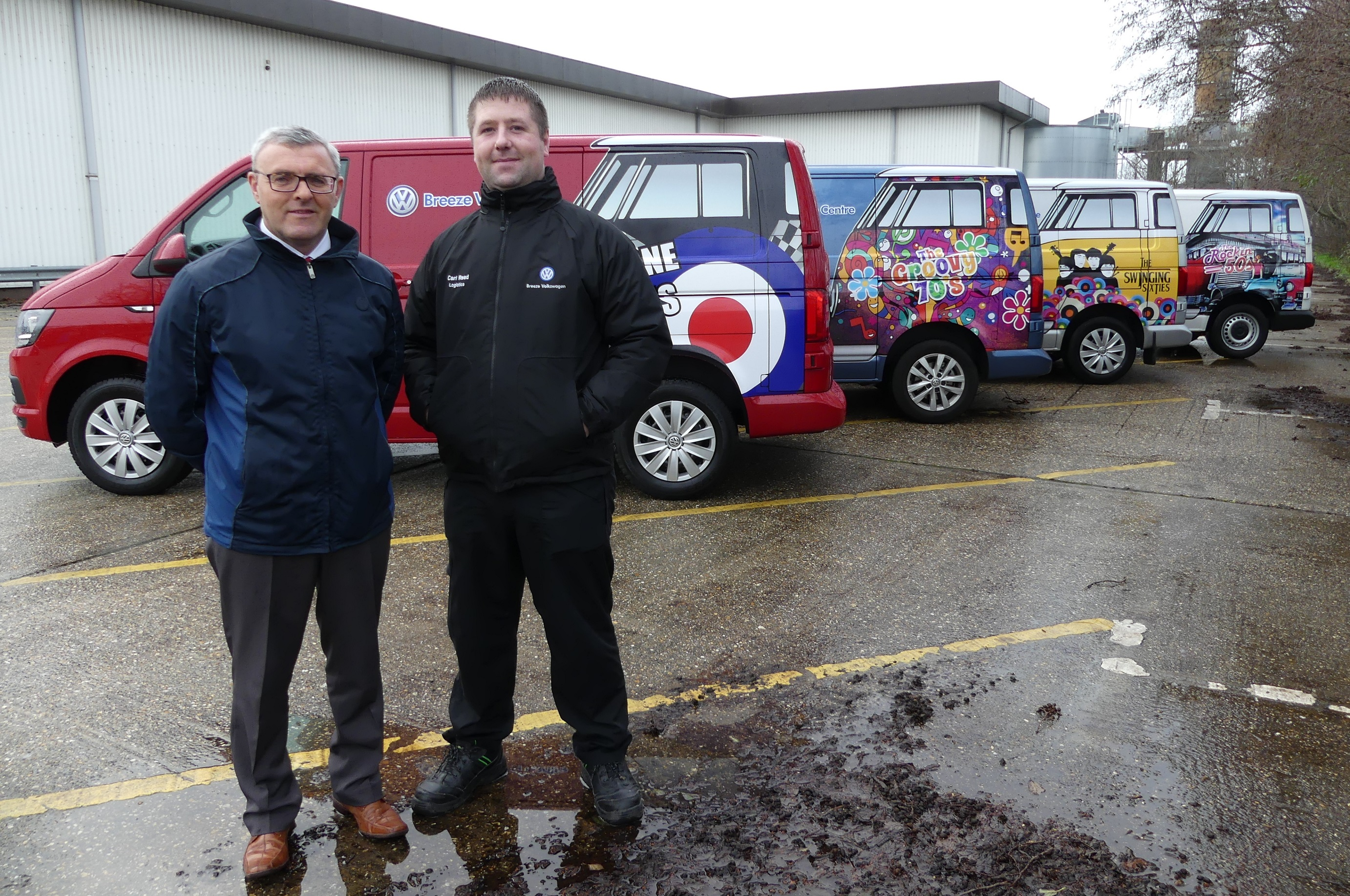 Paul O'Brien and Carl Jones of Breeze Volksagen with the T6 Vans