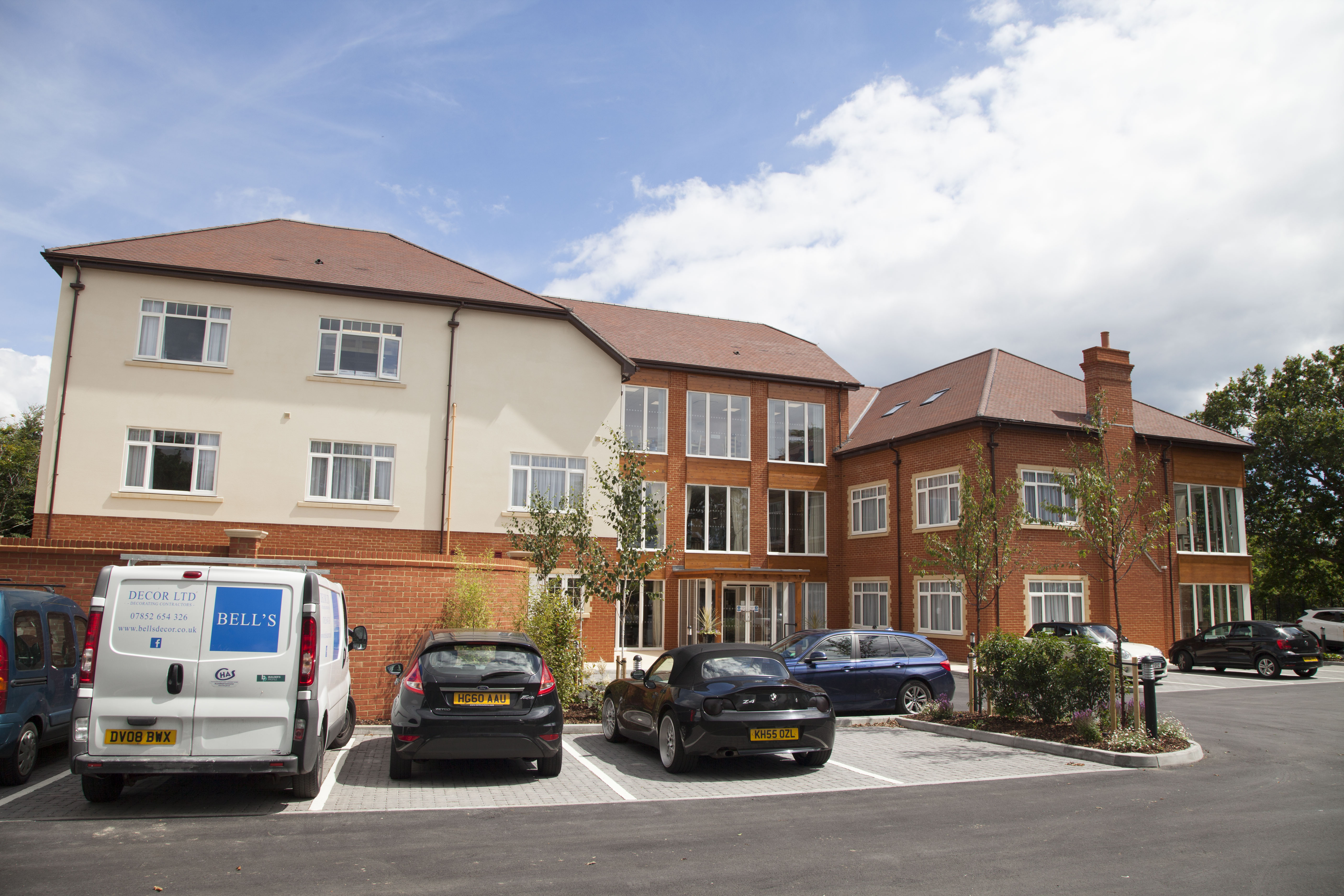 Great Oaks, a brand new residential, nursing and dementia specialist care home located in Bournemouth, has officially opened its doors.