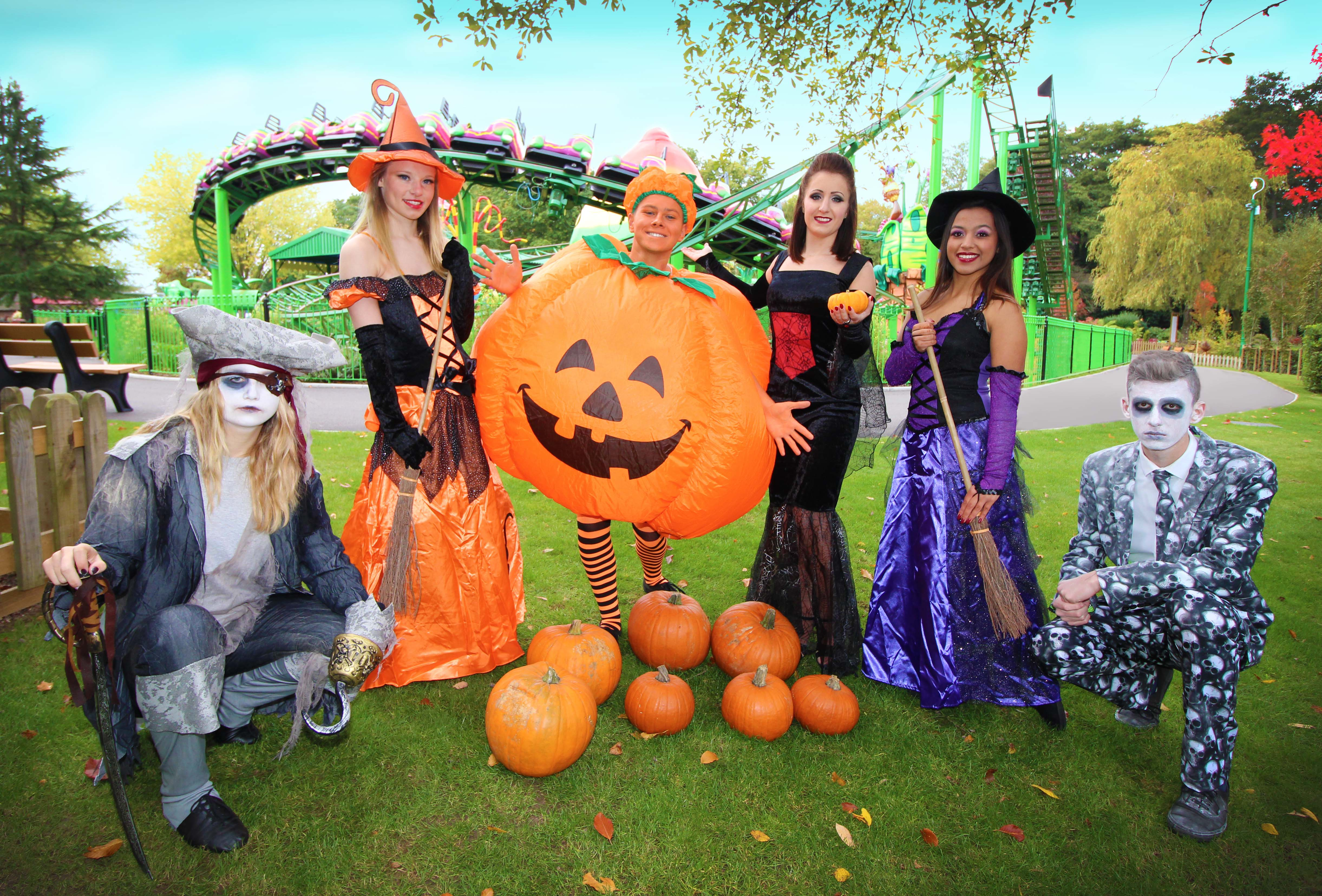 Have a fang-tastic day at Paultons Park this Halloween