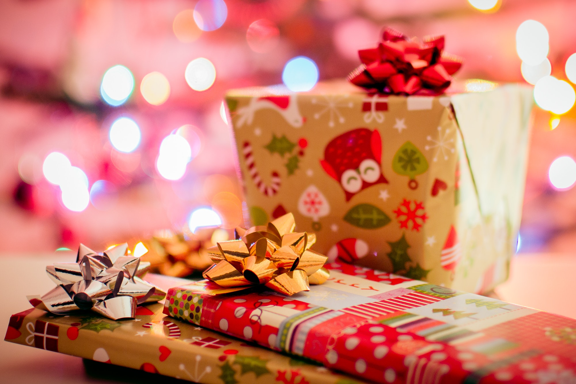 Dolphin Shopping Centre partners with Borough of Poole to provide Christmas presents for vulnerable children