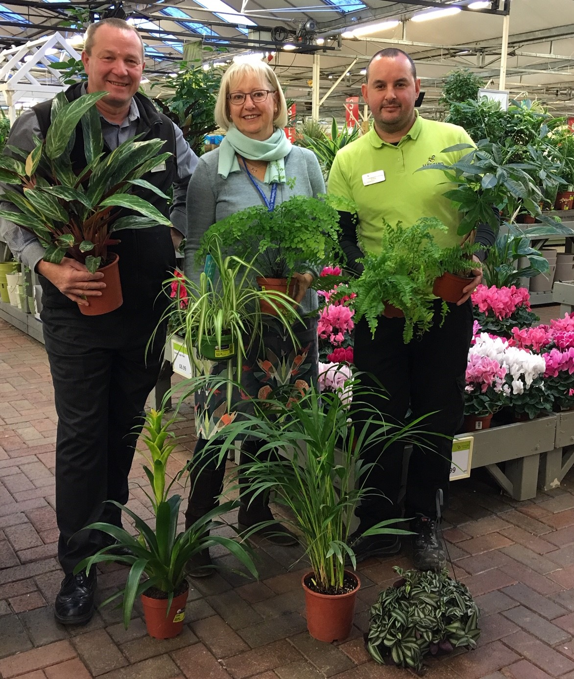 Haskins Garden Centre in Snowhill partners with Copthorne C.E. Junior School to donate houseplants